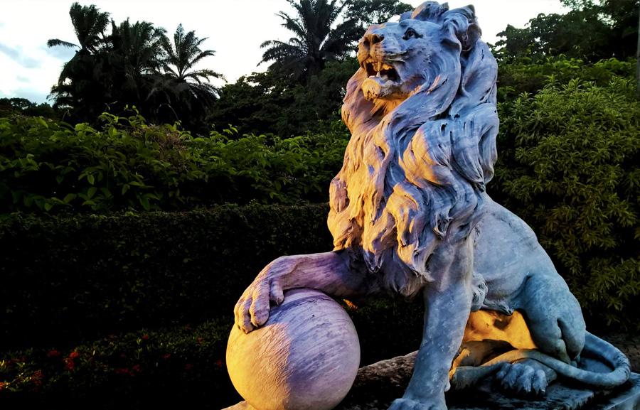 Leões do Palácio Monroe